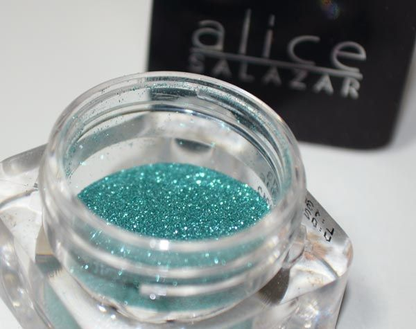  photo alice-salazar-glitter-cause-01_zps1d51ccec.jpg